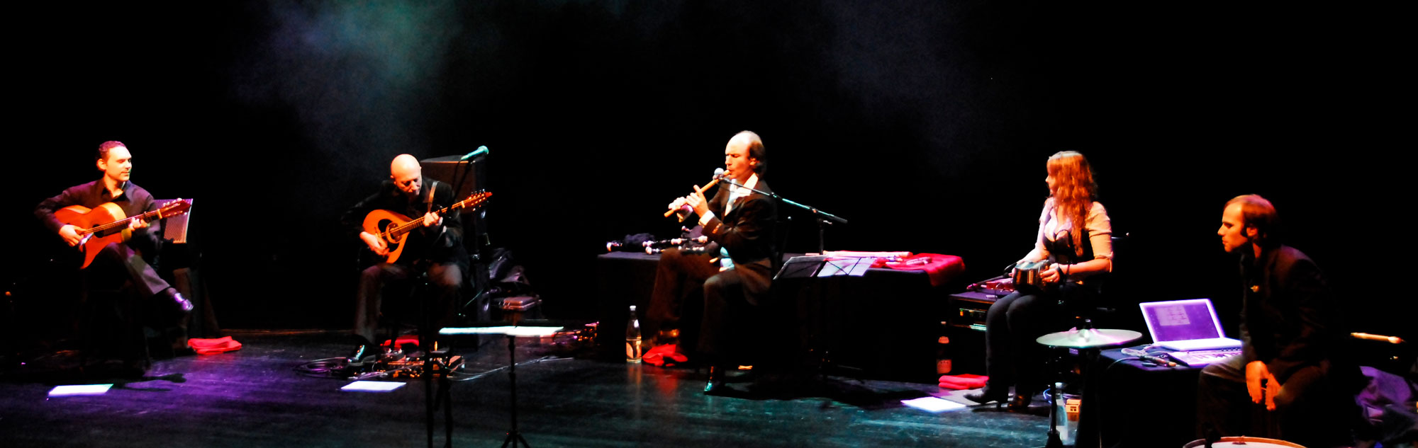 Carlos Núñez and Band